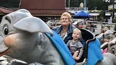 Met oma in de vliegende olifant