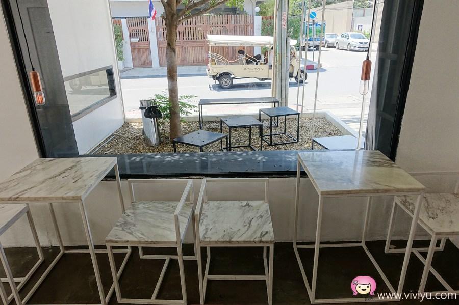 [曼谷美食]Hands and heart cafe.極簡設計咖啡館~鄰近BTS-Thonglor站.IG網紅熱門打卡點 @VIVIYU小世界
