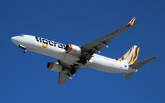 Virgin Australia's (Tigerair branded) Boeing 737-8FE, VH-VOY, about to land in Sydney Airport