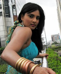 Indian Actress Ramya Hot Sexy Images Set-1 (23)