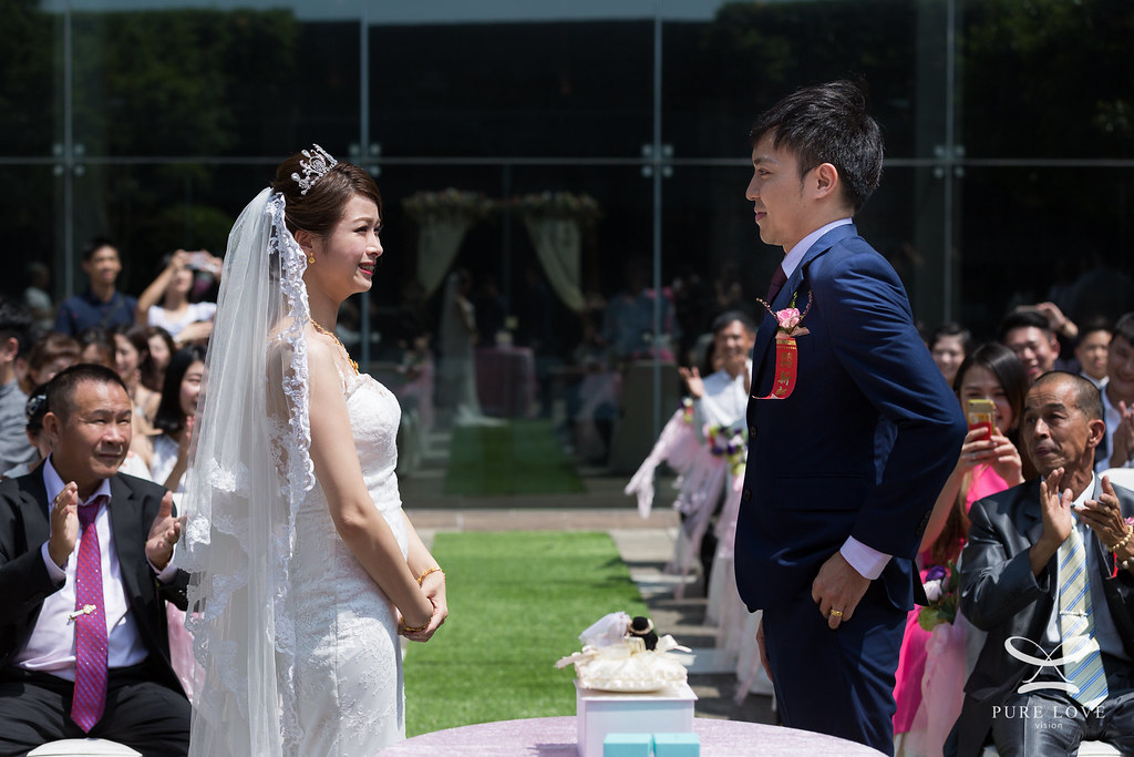 婚攝抓拍的能力決定了婚攝照片成敗