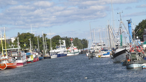 "Urlaub Rostock • <a style=""font-size:0.8em;"" href=""http://www.flickr.com/photos/154440826@N06/36852372102/"" target=""_blank"">View on Flickr</a>"