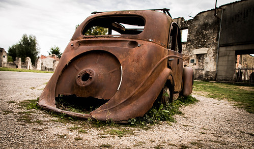 "Oradour sur Glane • <a style=""font-size:0.8em;"" href=""http://www.flickr.com/photos/91404501@N08/36769587142/"" target=""_blank"">View on Flickr</a>"