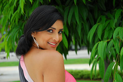 Indian Actress Ramya Hot Sexy Images Set-1 (98)