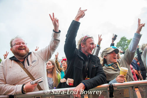 crowds and scenes at Bestival 2017_DSC0569