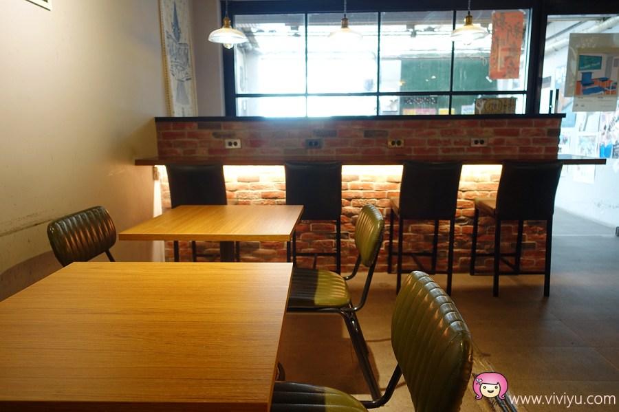 [台北美食]早秋咖啡.捷運古亭站~文青咖啡館提供免費wifi插座.使用環保吸管 @VIVIYU小世界