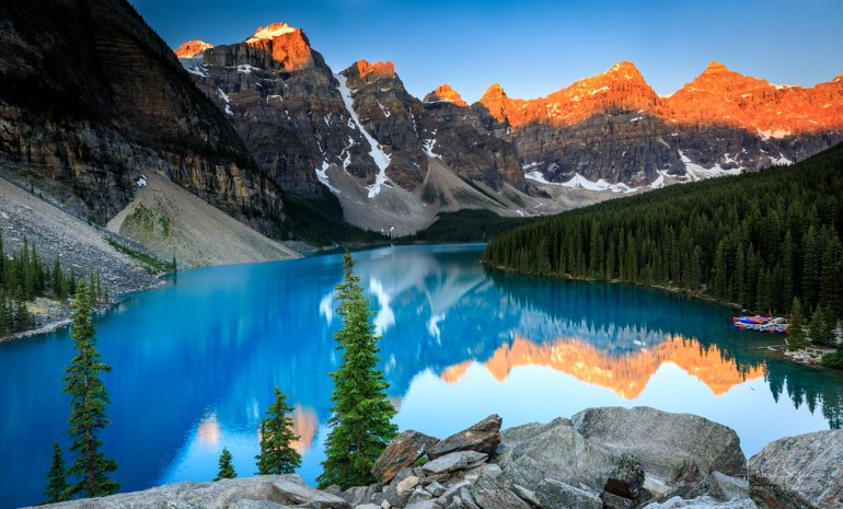 Sunrise at Moraine Lake by lsten, on Flickr
