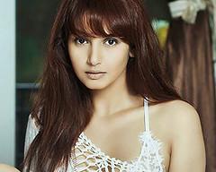 Indian Actress Ragini Dwivedi  Images Set-2 (39)