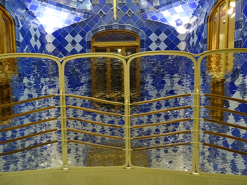 "Casa Batlló Gaudi Barcelona • <a style=""font-size:0.8em;"" href=""http://www.flickr.com/photos/160223425@N04/38807900531/"" target=""_blank"">View on Flickr</a>"