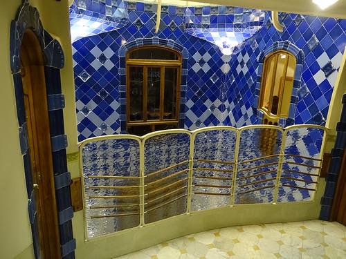"Casa Batlló Gaudi Barcelona • <a style=""font-size:0.8em;"" href=""http://www.flickr.com/photos/160223425@N04/38807955451/"" target=""_blank"">View on Flickr</a>"