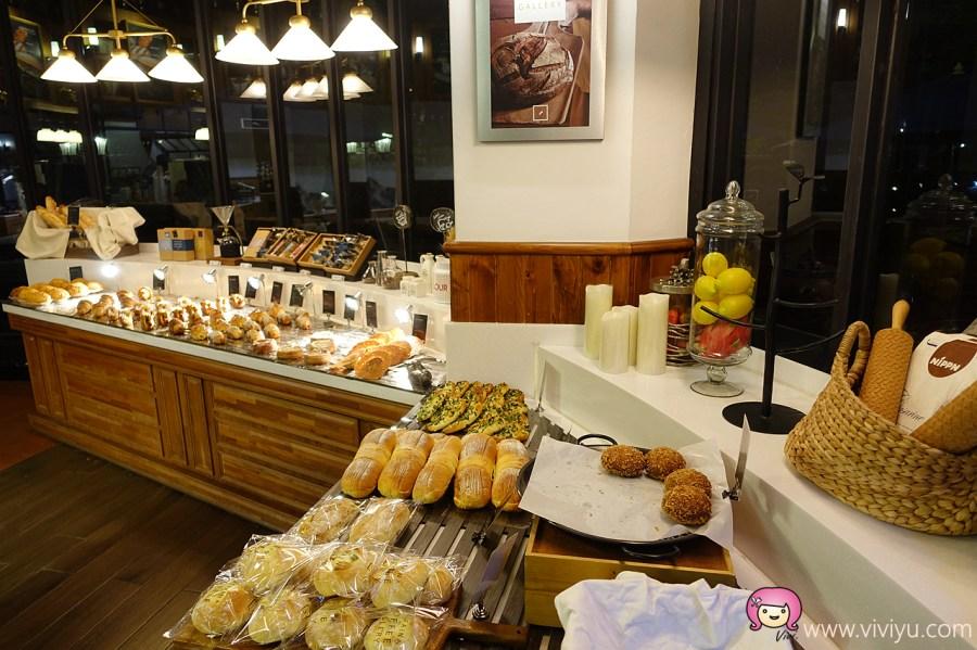[台中美食]卡啡那法式甜點(台中惠來店)~平價版星巴克.販售蛋糕、甜點、麵包與飲料 @VIVIYU小世界