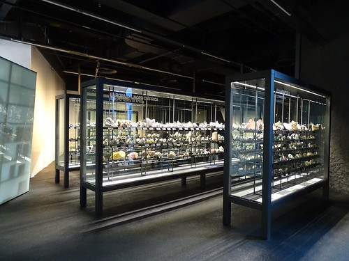 """Museu Blau Barcelona Minerals • <a style=""""font-size:0.8em;"""" href=""""http://www.flickr.com/photos/160223425@N04/24935132678/"""" target=""""_blank"""">View on Flickr</a>"""