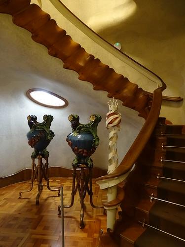 "Casa Batlló Gaudi Barcelona • <a style=""font-size:0.8em;"" href=""http://www.flickr.com/photos/160223425@N04/37921557865/"" target=""_blank"">View on Flickr</a>"