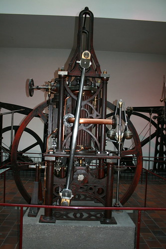 "Deutsches Museum München Steam Engine • <a style=""font-size:0.8em;"" href=""http://www.flickr.com/photos/160223425@N04/24045714567/"" target=""_blank"">View on Flickr</a>"