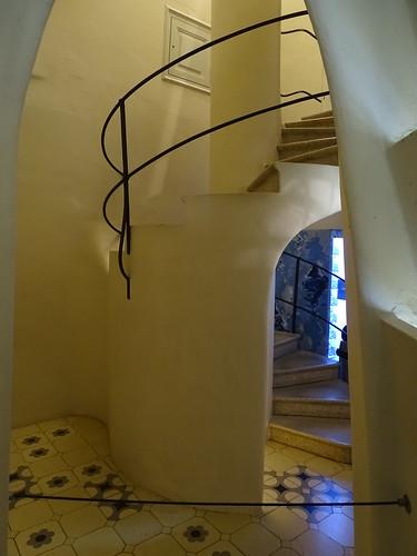 "Casa Batlló Gaudi Barcelona • <a style=""font-size:0.8em;"" href=""http://www.flickr.com/photos/160223425@N04/23943691477/"" target=""_blank"">View on Flickr</a>"