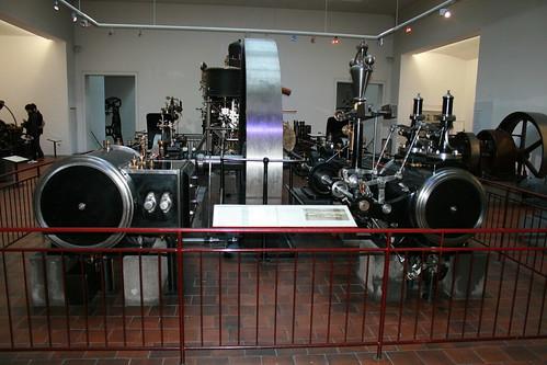 "Deutsches Museum München Steam Engine • <a style=""font-size:0.8em;"" href=""http://www.flickr.com/photos/160223425@N04/38195159594/"" target=""_blank"">View on Flickr</a>"