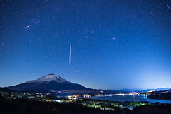 Geminids 2017 - Mt.Fuji & Lake Yamanaka
