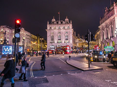 Piccadilli Circus at Night