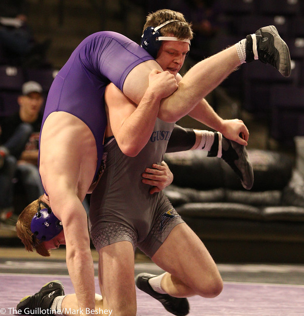 197: Clayton Wahlstrom (AU) Dec. over Matt Blome (MSU) 7-4 | AU 14- MSU 13 - 180125amk0167