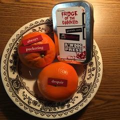 """#TFOTD POEM: """"agony in orange (still life)"""" by Michael Arnzen @MikeArnzen"""
