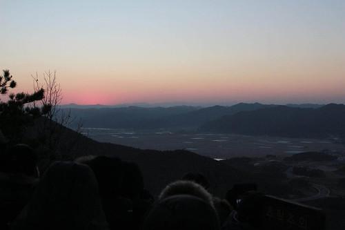 Climbing Geom-moo mountain for sunrise_MDY_180101_57