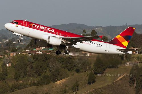 Avianca Airbus A320 MDE