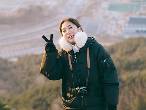 Climbing Geom-moo mountain for sunrise_MDY_180101_72