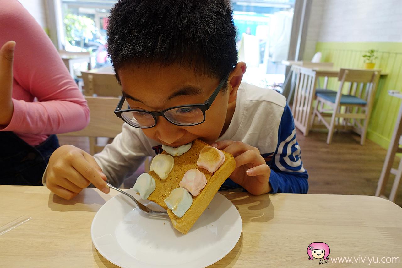 (關門大吉)[桃園美食]歡迎來【早碴】.早餐店~桃園國中附近.乾淨舒適用餐區 @VIVIYU小世界