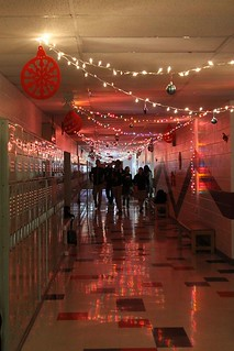 Annual hallway decor thanks to the senor class