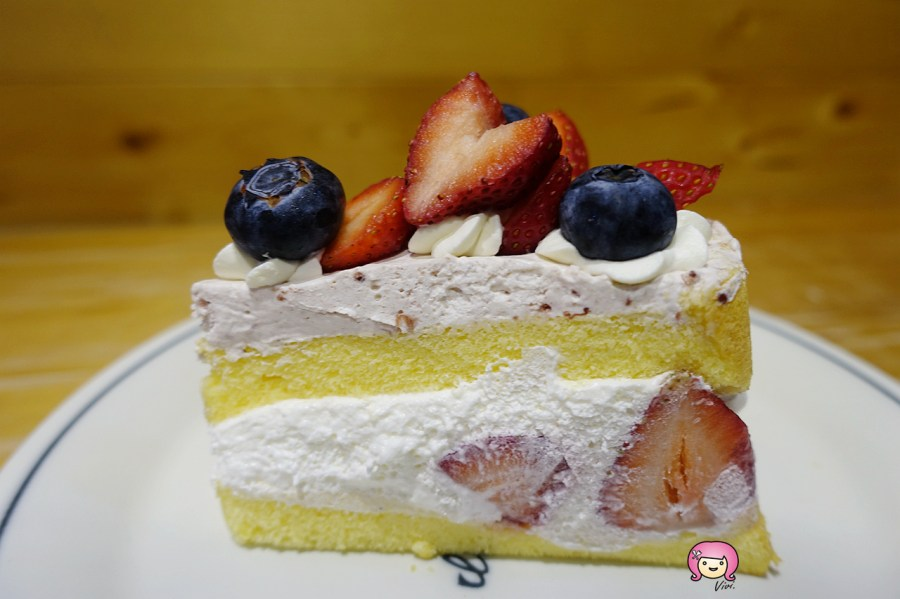 Miss V Bakery,台北甜點,台北美食,台北麵包,肉桂卷,草莓女王 @VIVIYU小世界