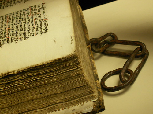 Tractatus Varii: The Chained Book