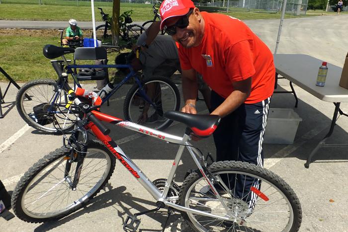 2017 174 BTC bike repair Wayne_700