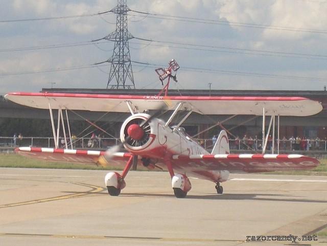 8 CIMG4337 Team Guinot wingwalkers _ City Airport - 2007 (7th July)
