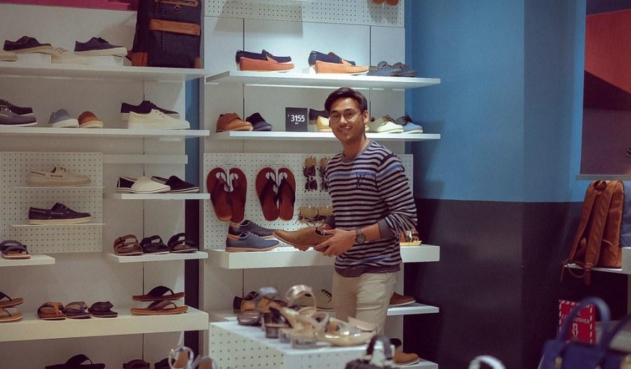 shopping at newport mall (21 of 45)