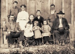 Thomas Fain Bright Family with Father-in-law James Madison McCravey former Confederate Solider