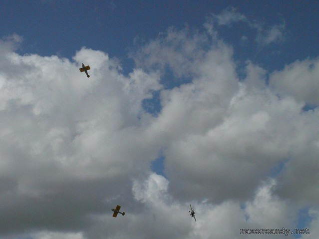 9 P1080474 Cassutt IIIM Racers {G-BOMB} {G-BPVO} {G-RUNT} _ City Airport - 2008 (5th July)