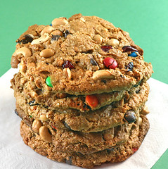 Monster cookies5 026