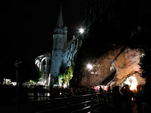 Lourdes - Grotta e santuario, notte by jamesvip65
