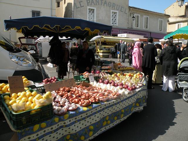 Cavaillon: couleurs et senteurs du marché