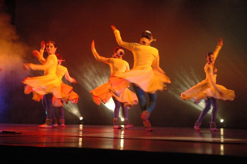 Games dancers play, Vibrant Kathak festival, Delhi