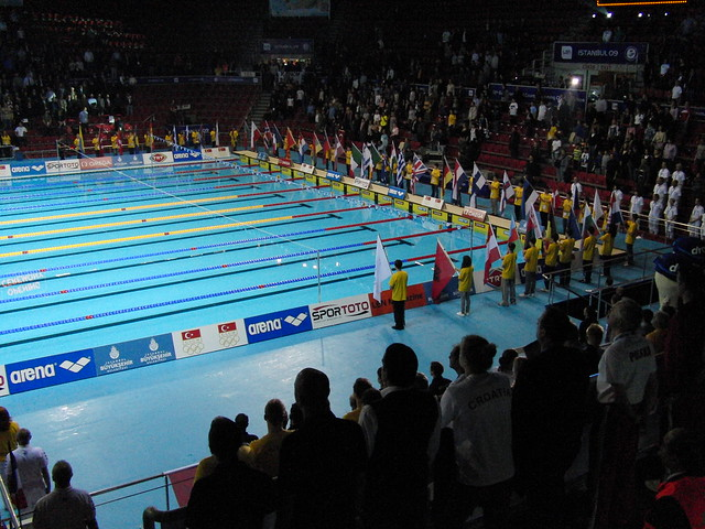 Flags around the Istanbul 2009 pool