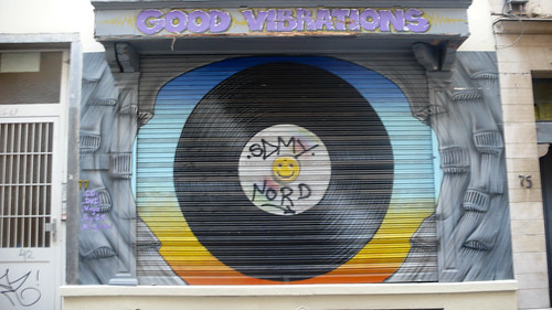 Brussels - Good Vibrations by infomatique