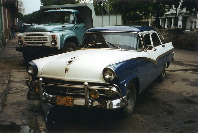 1955 Ford Fairlane Town Sedan (w/56 Ford Hood Ornament) An