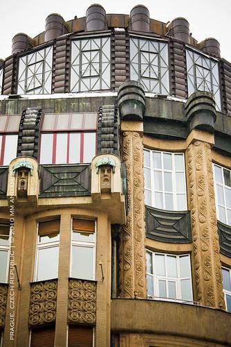 Art Deco Detail 01