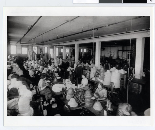 Workers at a hat factory, St. Paul