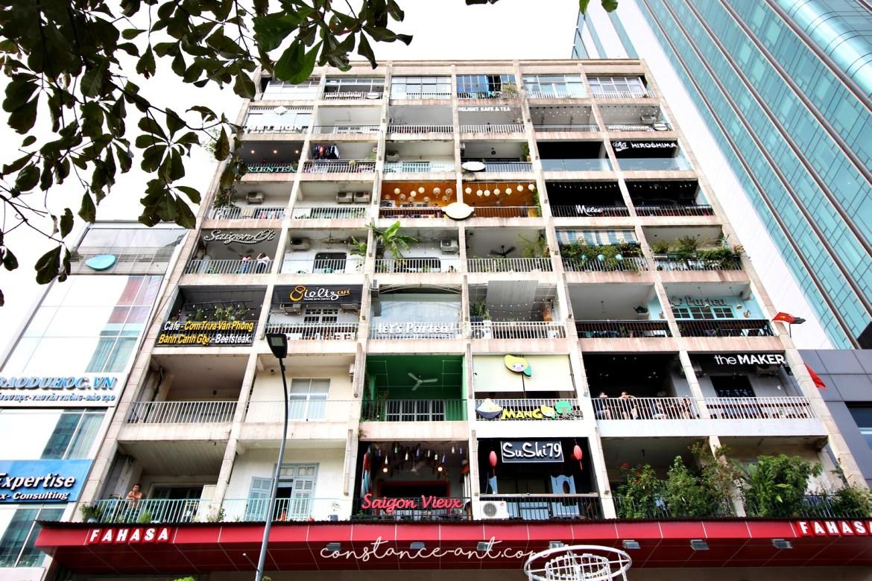 Cafe Apartment 01