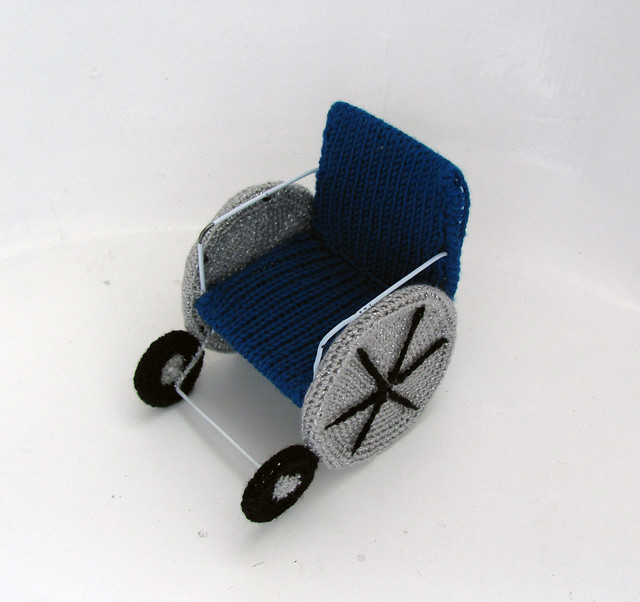 Amigurumi wheelchair