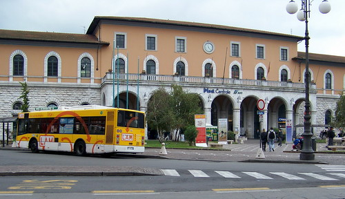 IT10AMJ Pisa Centrale Train Station & Bus, Italy 2010
