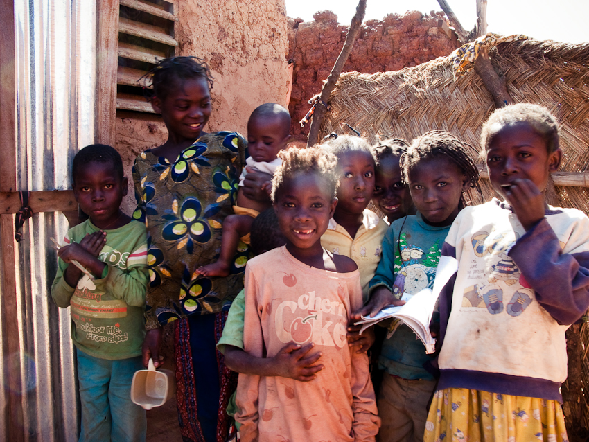 Kinder wollen aufs Foto