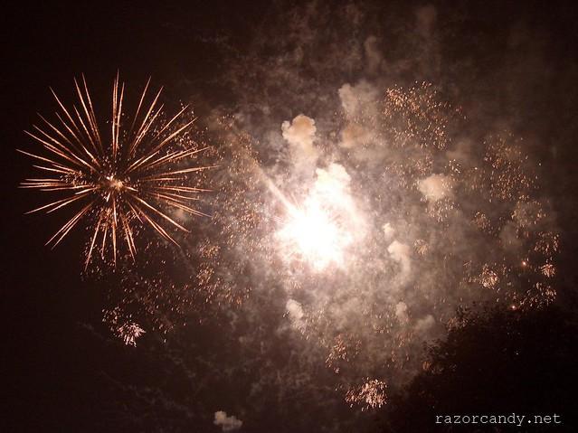 6 Fireworks  031107